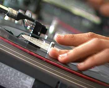 : Das Mixen von Musik braucht einiges an Fingerspitzen- und vor allem auch Rhythmusgefühl.